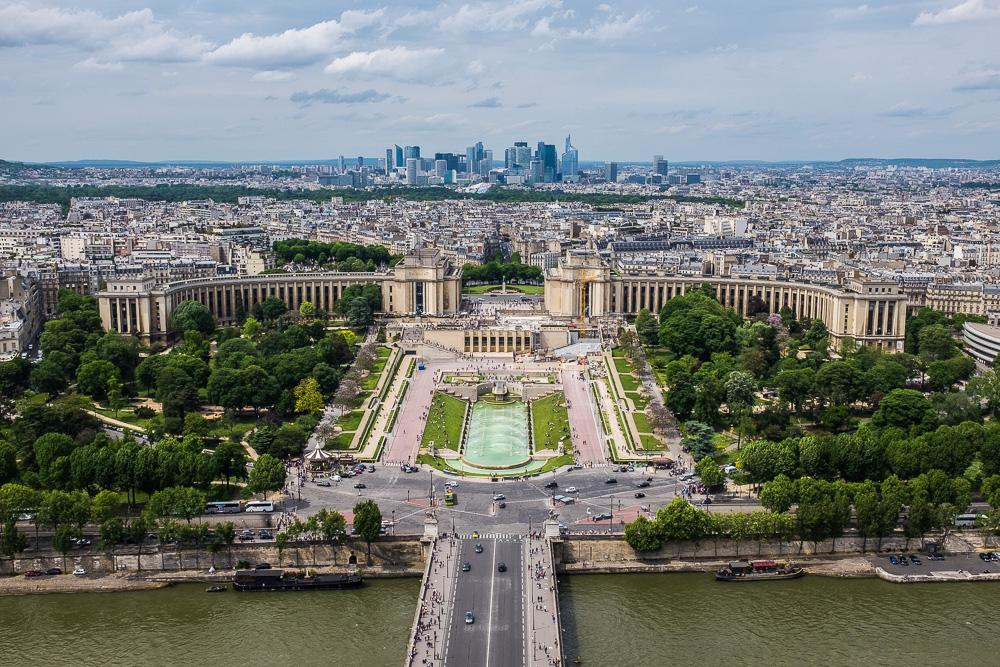 Utsikt från Eiffeltornet fotat med bländare f/11